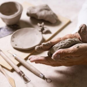 Beginners Hand Building SANDY BYWATER